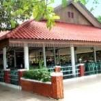 ร้านอาหารไทย ริมแก่ง  อ.แก่งกระจาน