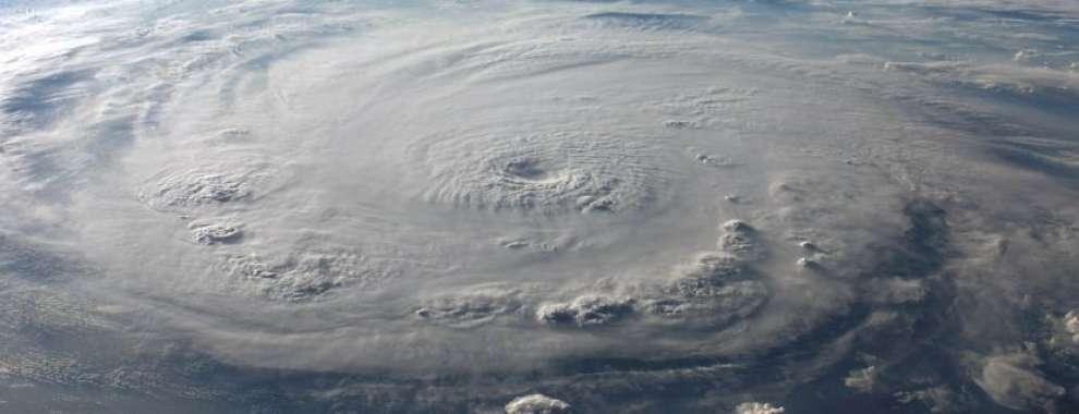 """กรมอุตุนิยมวิทยา ประกาศเตือน พายุไซโคลน """"อำพัน"""" ทางฝังอันดามัน 17-20 พฤษภาคม 2563 นี้"""